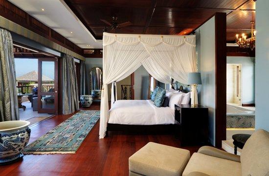The Ungasan Clifftop Resort: Santai Sorga Master Bedroom