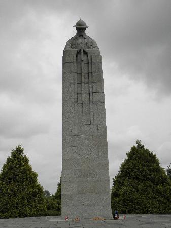Flanders Battlefield Tours: Vimy Ridge