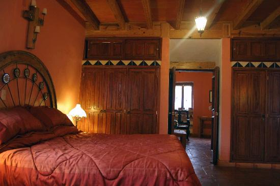 The House in Guanajuato: Buena Vista bedroom