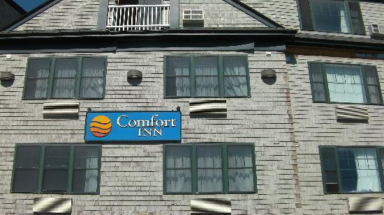 Comfort Inn Middletown: Front of Building