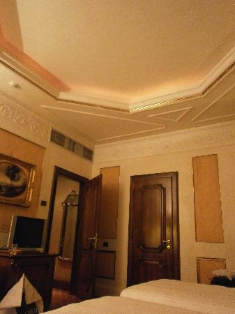สเปลนดิด รอยัล: spacious room