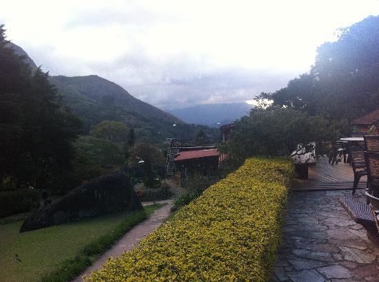 Pousada Paraiso Acu: Vista da sede ao fundo.