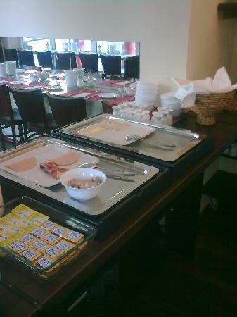 Amary City Residence : Frühstück