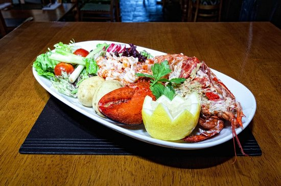 The Warwickshire Lad: fresh lobster