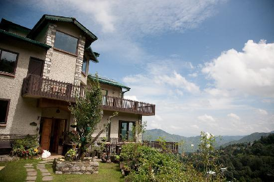 Soulitude in the Himalayas: Exterior