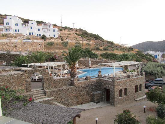 Alexandros Hotel: piscina
