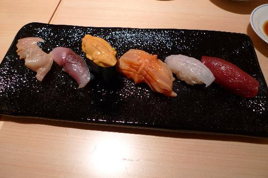 Shinji by Kanesaka: Assorted sushi