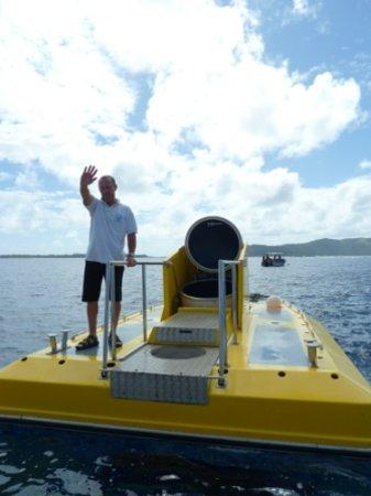 Vaitape, Polynesia thuộc Pháp: Le commandant sur son fier vaisseau