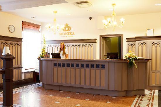 Monika Centrum Hotel: Reception