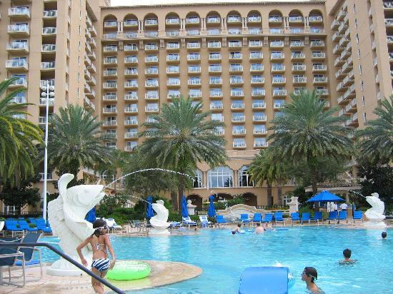 Hotel overlooking pool area picture of the ritz carlton for Pool show orlando florida