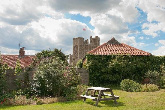 The Crown & Castle: Corwn and Castle - view from garden room