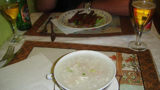 Jan Thai : frogs legs and birds nest soup