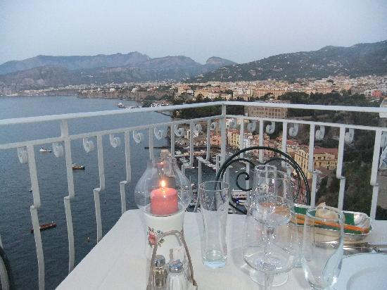 Hotel Belair: The view at dinner time