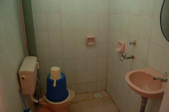 Flora Bay Resort : Salle de bain