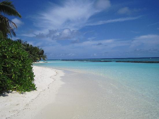 คุรามาธิ ไอแลนด์ รีสอร์ท: Heavenly Beaches