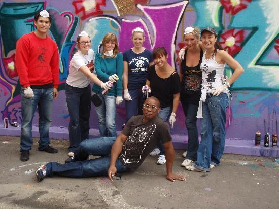 Graffiti Lessons: Andy and the crew!