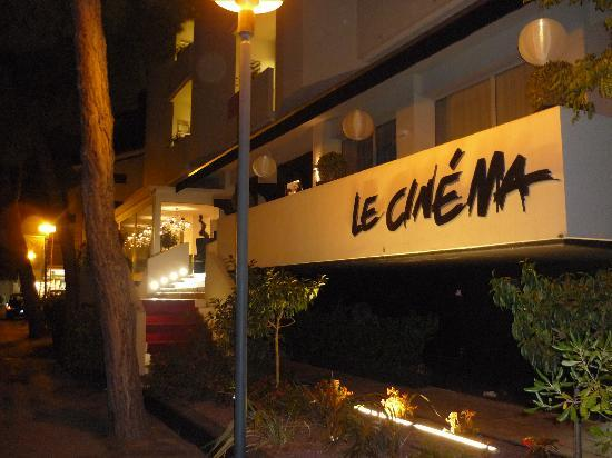 Ingresso hotel picture of hotel le cinema gatteo a mare for Design hotel le cinema
