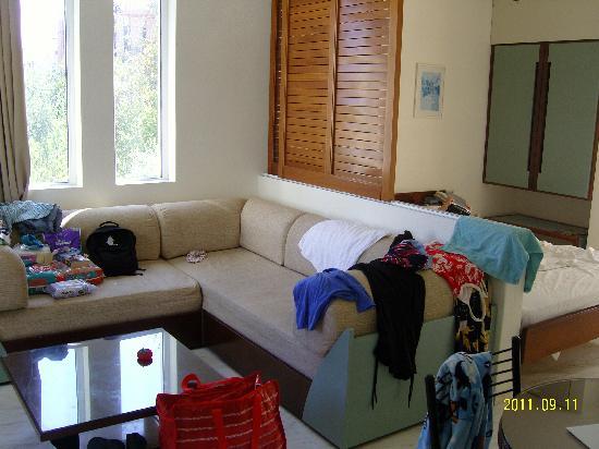 Forum Suites: The sofa