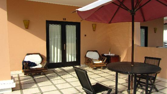 Legong Keraton Beach Hotel: super deluxe balcony
