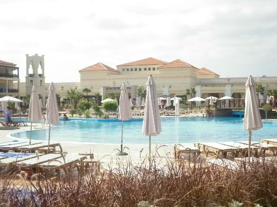 "Be Live Collection Saidia: La piscine ""animée"""