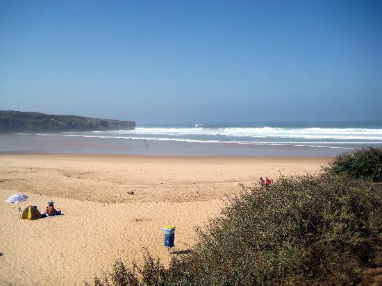 Praia Da Amoreira: Beach View