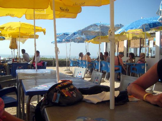 Aljezur, Portugal : Beach cafe/restaurant