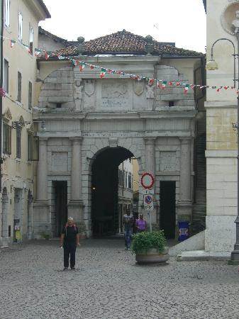 Belluno, Italien: Town gate