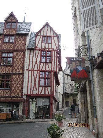 Hotel Du Parc: The town square