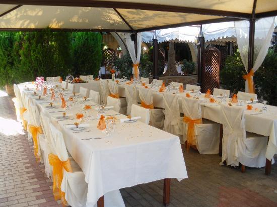 The Garden of Eden Restaurant: Our wedding table