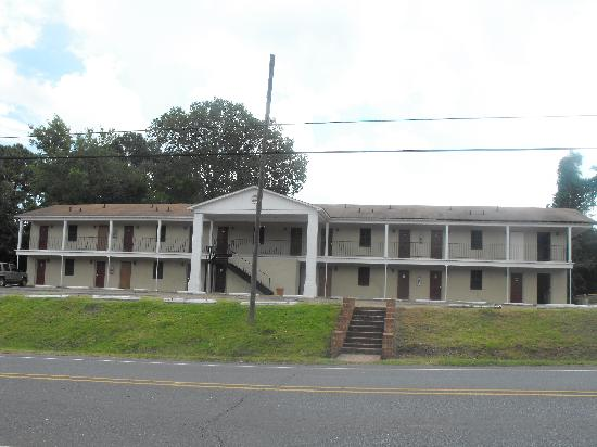 Riverview Inn Motel & Apartments: Rooms on Riverside