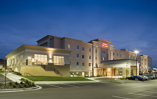 Hampton Inn & Suites Rochester - North
