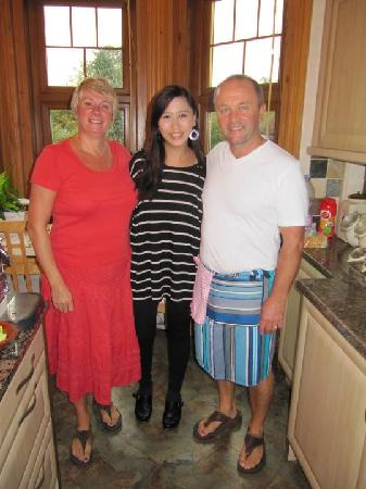 Rokeby Guest House: Avril with hosts Mark and Karen
