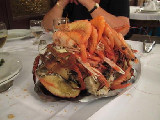 Marisqueria Ribeira do Mino: The seafood platter for 2