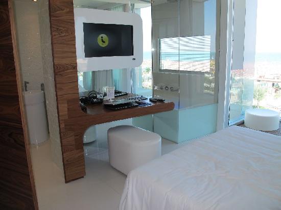 i-SUITE Design Hotel: sea view