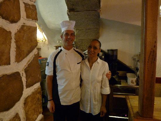 LA CAVERNE : Mme et Mr MONTANO