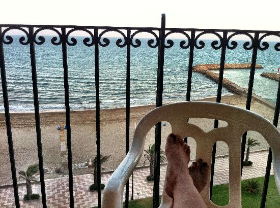 Apartamentos Luna de Valencia: View from our balcony