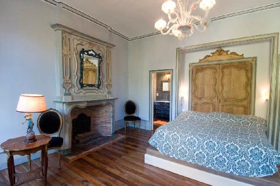 Les chambres du Manoir: La chambre bleue de Flavie
