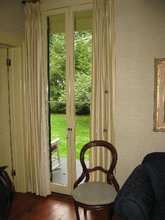 The Barnwell Inn: The first floor suite - view of yard.