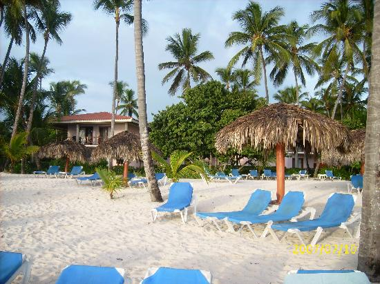 Natura Park Beach Eco Resort & Spa: vista da praia p hotel