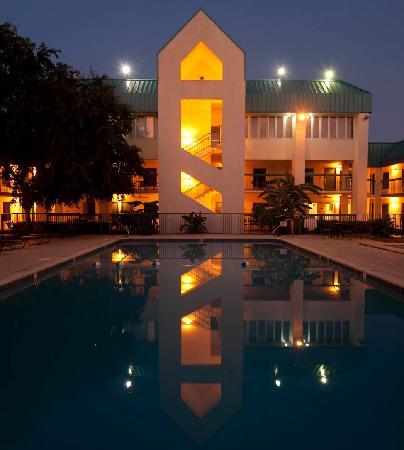 Best Western Seaway Inn: Nice Pool