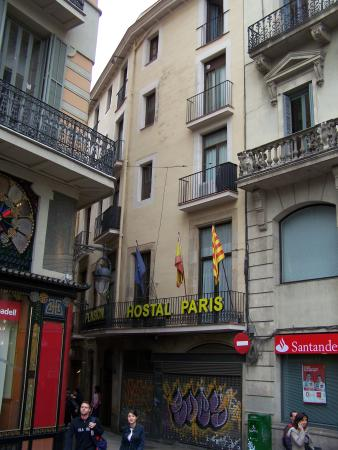 Hostal paris updated 2018 prices hotel reviews for Hotel paris barcelona