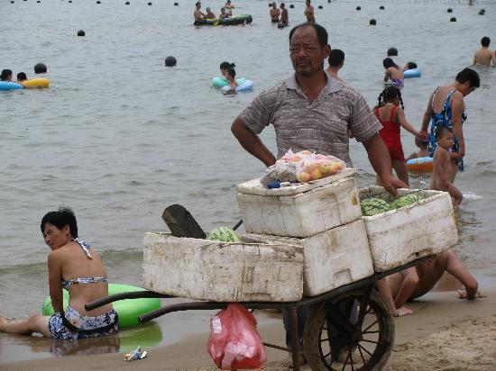 Tianjin Beach: instant picnic