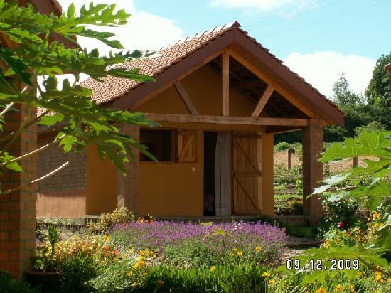Un des 6 bungalows picture of auberge de la belle vue for Auberge de la maison tripadvisor