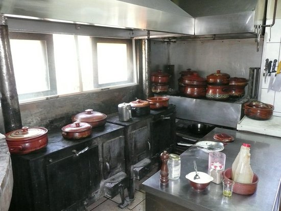 Drakona, Greece: Kitchen Ntoulias Draconas
