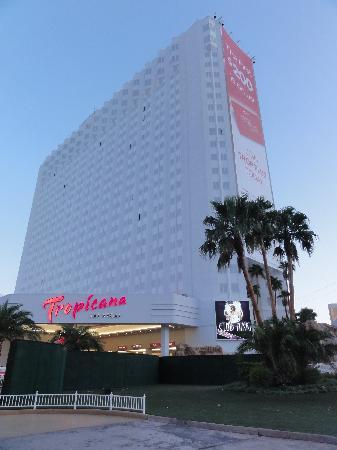 Paradise Tower Trop Picture Of Tropicana Las Vegas A