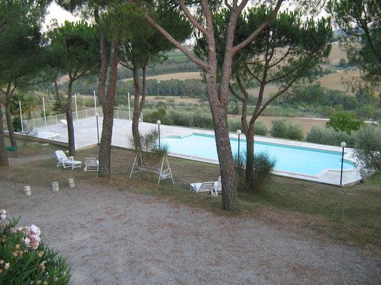 Agriturismo La Pietriccia: piscina panoramica