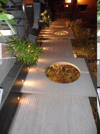 เอตัน สมาร์ท ฮ่องกง: Terrace