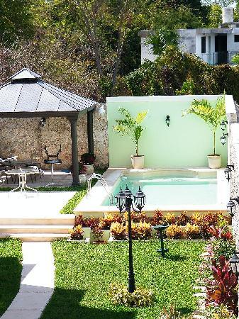 Hotel Casa Nobel: Jardín