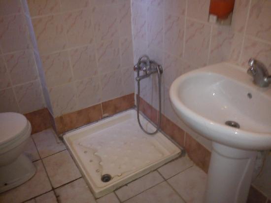 Sinbad Hostel: bagno