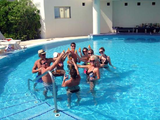 Live Aqua Beach Resort Cancun: What our days consisted of at the adult pool...